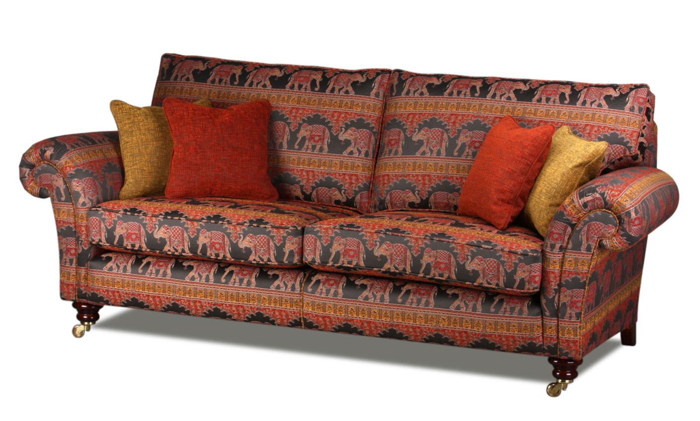 Baxter Sofa im orientalischen Stoffbezug Ceylon Flame