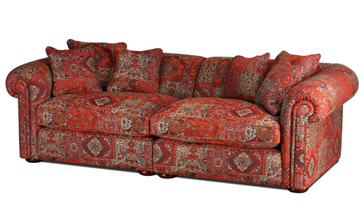 metropolitan sofa im landhausstil mit indira bezugstoff. Black Bedroom Furniture Sets. Home Design Ideas